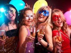 Fiesta all night long: cena, limusina, discoteca y mucho lujo
