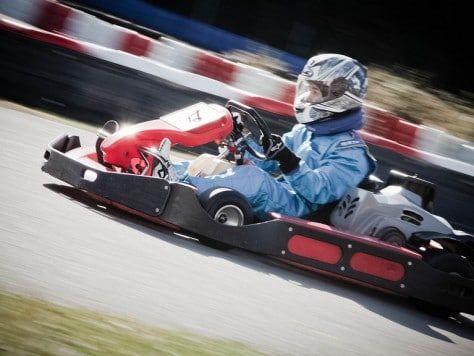 Mini race de karting para todas las edades como fiesta de cumpleaños