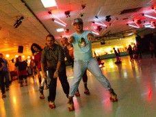 Skate party: Party patines aprende a patinar en Barcelona. Fiestas de cumpleaños.