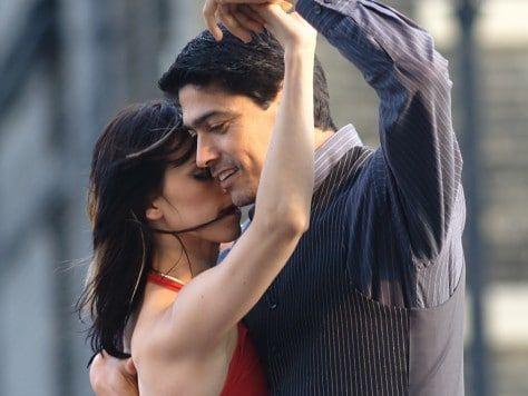 Clase de tango para un cumpleaños adulto original en Barcelona