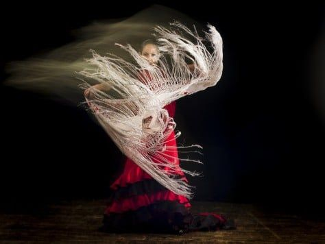 Actuación flamenca en Barcelona fiesta temática de flamenco