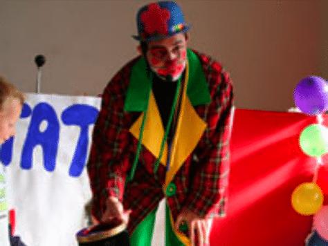 Payasos: shows cómicos infantiles en Barcelona, Popo, espectáculo de humor y globoflexia