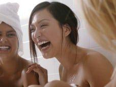 Relajación con amigos en el spa