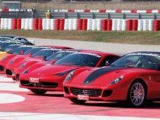 Ferrari de iniciación. Conducirás en el Circuit de Catalunya. G7 en Barcelona pista en exclusiva.