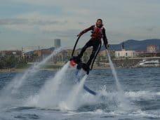 Actividades de agua en Barcelona: Flyboard, Parasailing, Catamarán